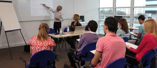 clases_en_grupo_beneficios_ventajas